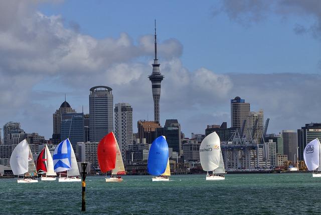sailing-50533_640