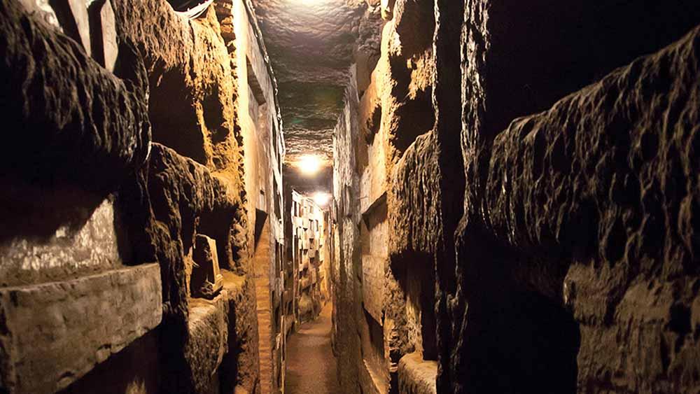 corurbis-catacombe-san-callisto-interno